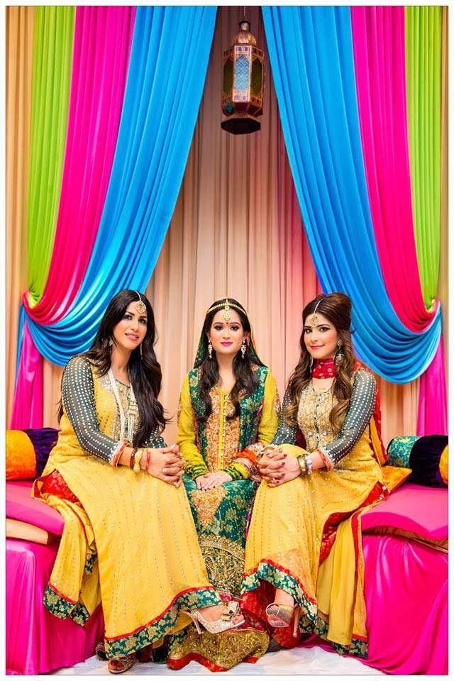 Pakistani Mahndi Dresses.