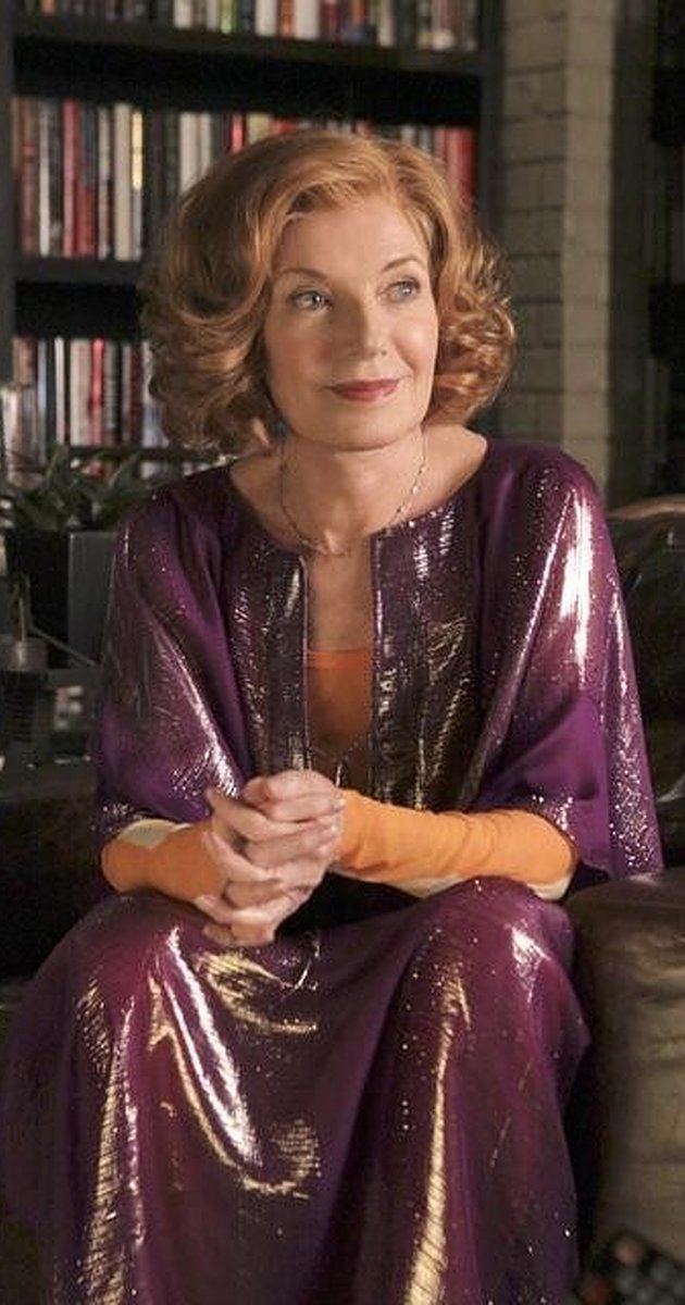 Susan Sullivan(born November 18, 1942) is an American actress best known for her roles as Lenore Curtin Delaney on the daytime soap opera Another World (1971–76), as Lois Adams in the ABC sitcom It's a Living (1980–81),[1] as Maggie Gioberti Channing on the primetime soap opera Falcon Crest (1981–89), as Kitty Montgomery on ABC sitcom Dharma & Greg (1997–2002), and as Martha Rodgers in Castle (2009–2016).