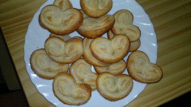 Palmeritas de azúcar. http://www.isasaweis.com/cocina-y-dietetica/recetas/dulces/video/palmeritas
