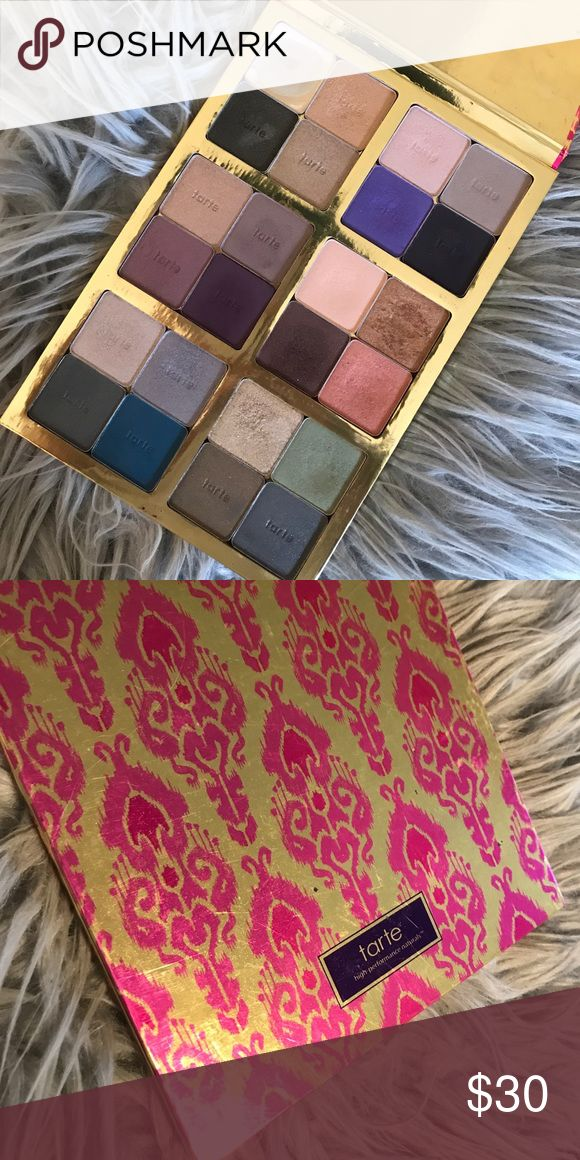 Tart Holiday Limited Edition Palette Selling this Limited Edition Tart Holiday Palette. Only shade ever used was the first shade in the top row. Everything else is never touched. 😊 Tart Makeup Eyeshadow