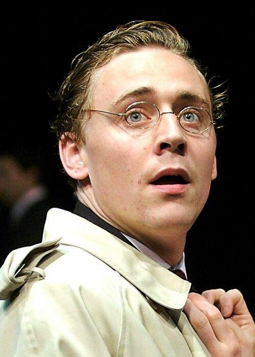 Tom Hiddleston shining as #Posthumus and #Cloten in Cheek by Jowl's #Cymbeline