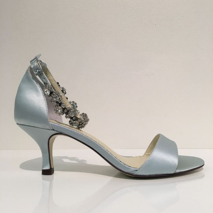 Our ALLEGRA is just perfect in pale blue 💎💎💎 #weddings #realbride #gorgeous #amazing #love #brides #style #findmyweddingshoes #panachebridalshoes #weddinginspo #somethingblue #blueheels