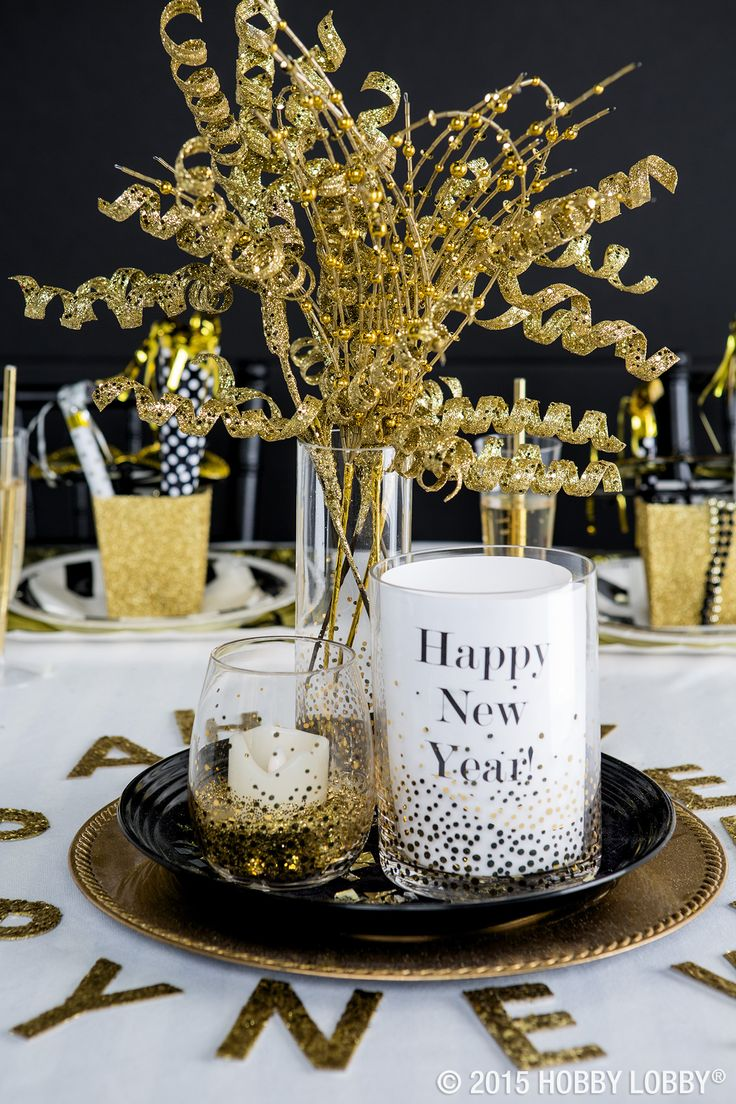 Whether you're hosting the chicest soiree or just keeping it casual this New Year's Eve, add some shimmer and shine to your party décor. Try coupling glimmering golds with bright whites and bursts of black for a standout tablescape they'll be talking about until next New Year's Eve!