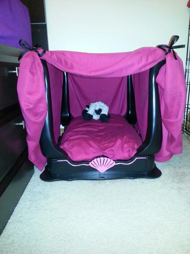 Made This Diy Canopy Dog Bed For My Lucy Christmas Out Of An Old End