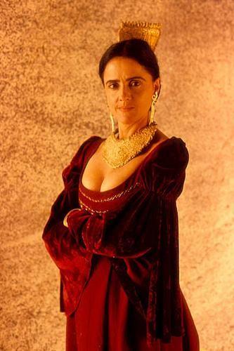 MARIETA SEVERO como CARLOTA JOAQUINA (1995) Princesa do Brasil filme de Carla Camurati