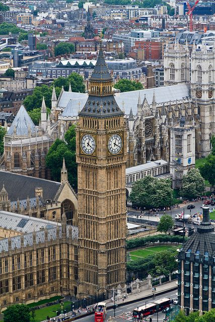 Big Ben and Westminster Abbey from the London Eye tp