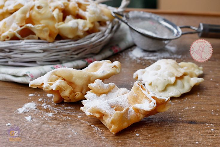 BUGIE O CHIACCHIERE RICCE