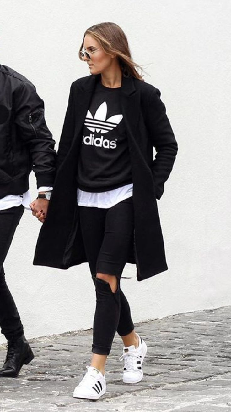 Black dress with adidas shoes - Adidas Originals Sweatshirt Superstar Sneakers Street Outfit Chic Fashion Sporty Black White Coat Ripped Jeans
