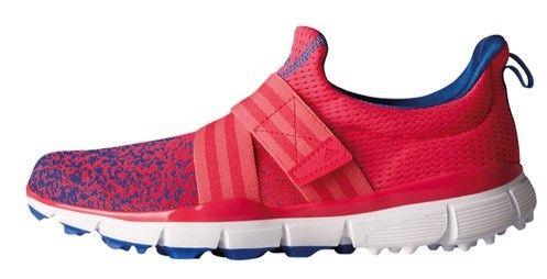 Zapato Adidas ClimaCool IKnit Women, color rosa. Esta zapatilla de golf para mujer presenta un diseño tan elegante que querrás seguir llevándola cuando hayas finalizado de jugar.