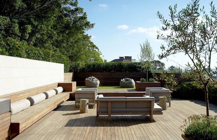 Designed-by-Anthony-Wyer-and-Associates-Gardenista