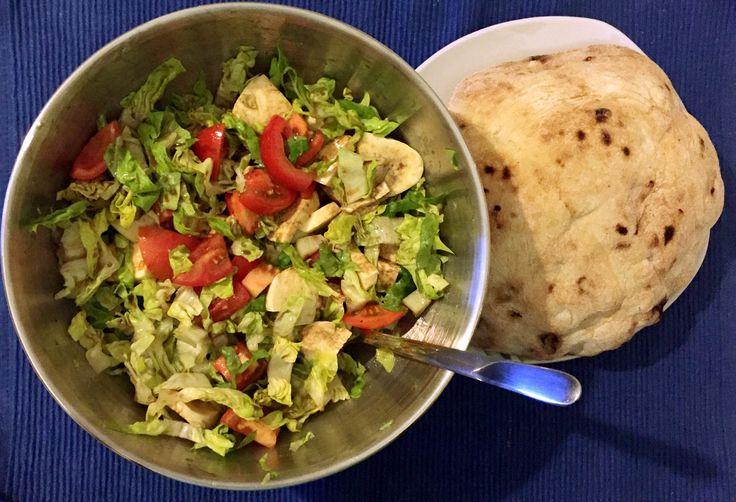 """Grande Gigi"" (Buffon) Gedenkfutter 🇮🇹⚽️❤️  Paradeiser, Mozzarella, Salat & Grillbrot"