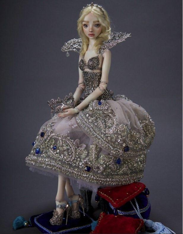 Плачущие фарфоровые девочки – новое от Бычковой - Все интересное в искусстве и не только.