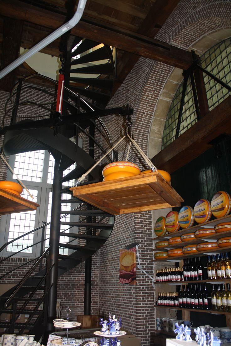 Gouda museum in Gouda, Netherlands...very friendly people! de kaaswaag