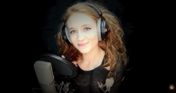 "Watch Janet Devlin Cover Slade's ""Merry Xmas Everybody"" - http://www.okgoodrecords.com/blog/2016/12/06/watch-janet-devlin-cover-slades-merry-xmas-everybody/ - In case you missed it, this past weekend singer-songwriter Janet Devlin uploaded a brand new video to her YouTube Channel. In this week's video, Janet treated fans to a cover of Slade's ""Merry Xmas Everybody,"" which can be found on her new festive EP ""Little... - Christmas Music, Cover, Dec"