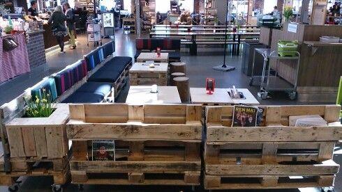 Modular pallet bookracks/benches/tables