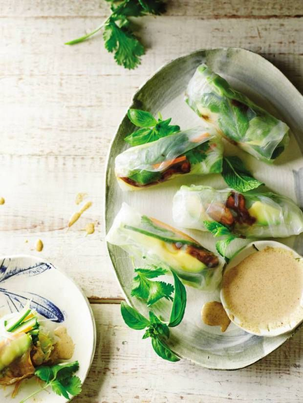 Time to put that blender to good use. Here are some of the best tasty vegan recipes you can make with it. Like spring roll recipe with orange-almond sauce. Yum.