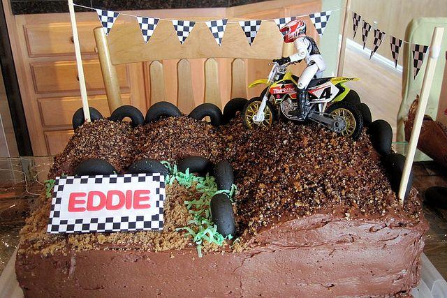 Eddie's Moto Cake | Flickr - Photo Sharing!
