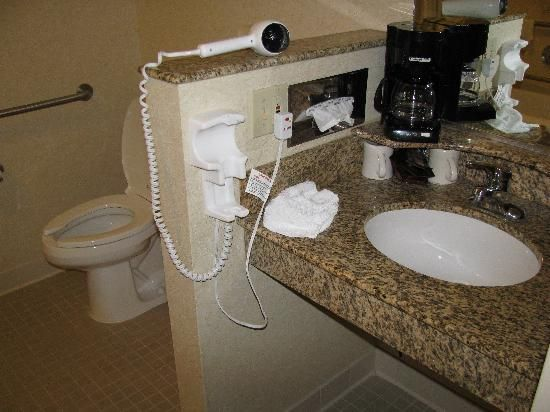 marriott boston natick handicap accessible bathroom at the - Handicap Accessible Bathroom