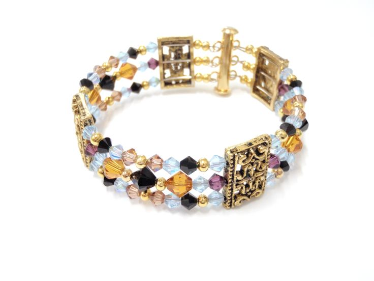 Jewel of the Nile available as a kit, using real Swarovski Crystal beads, $26.50 8261 2374 www.blingbeadssa.com.au blingbeads@bigpond.com.au