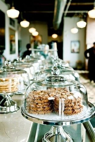 I love this kind of display in cafes, always seems so much more approachable… …