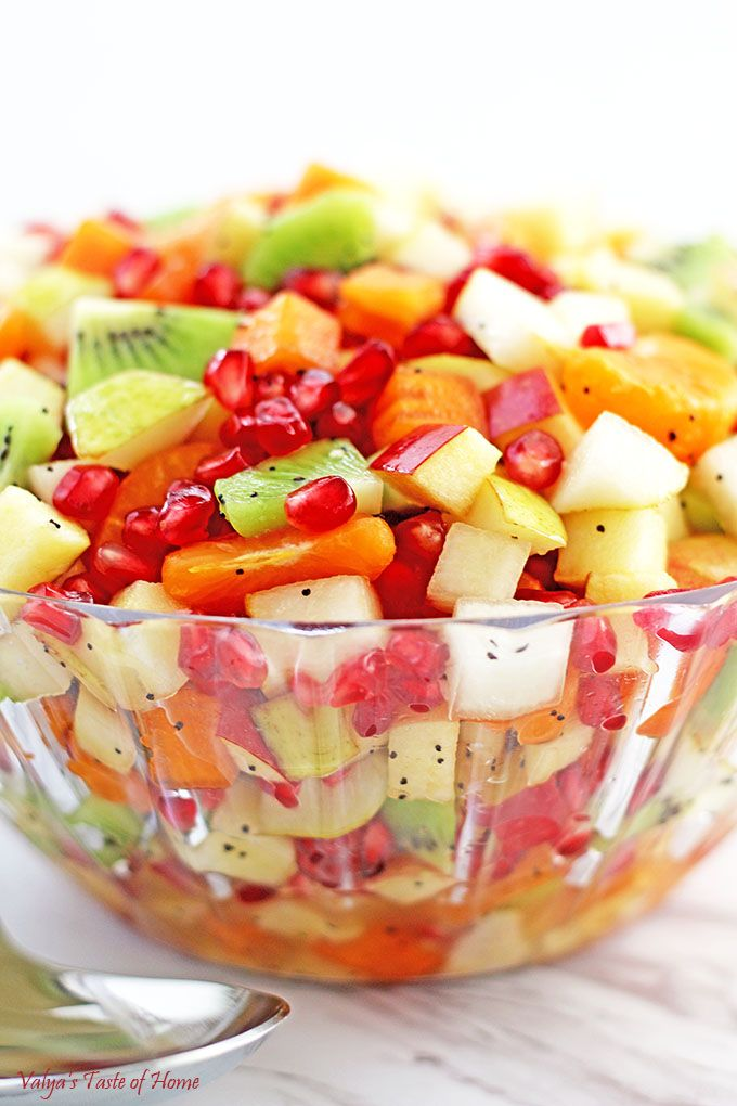 Winter Fruit Salad: 2 large – Pomegranate 2 large – Pears 2 large – Persimmons 2 large – Honey Crisp apples 4 – Kiwis 6 – Mandarins