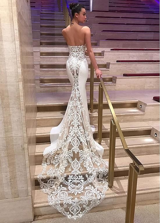 Modern Four Way Spandex & Organza Sweetheart Neckline Mermaid Wedding Dresses With Lace Appliques