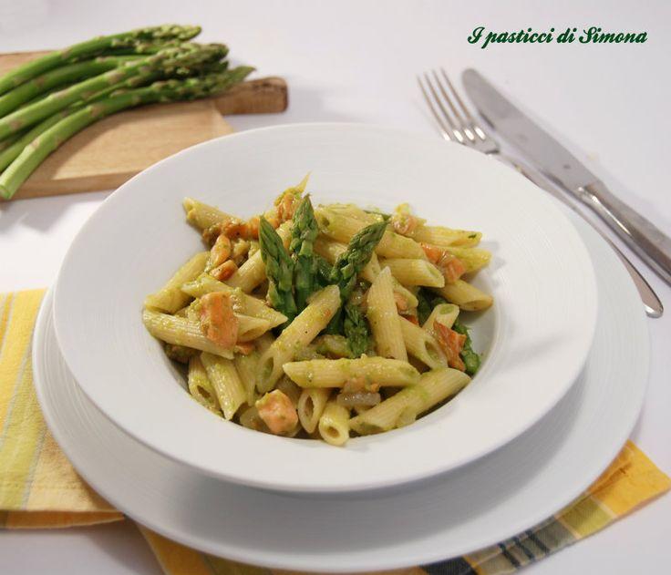 Pasta con salmone ed asparagi