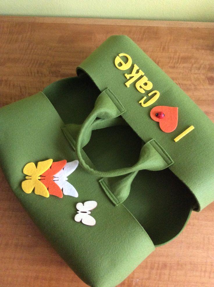 Verde con farfalle