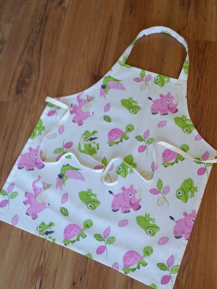 Amimal print Childrens Apron, Kids Apron, Girls Apron (Year 8-11) by NessasCreationsAus on Etsy