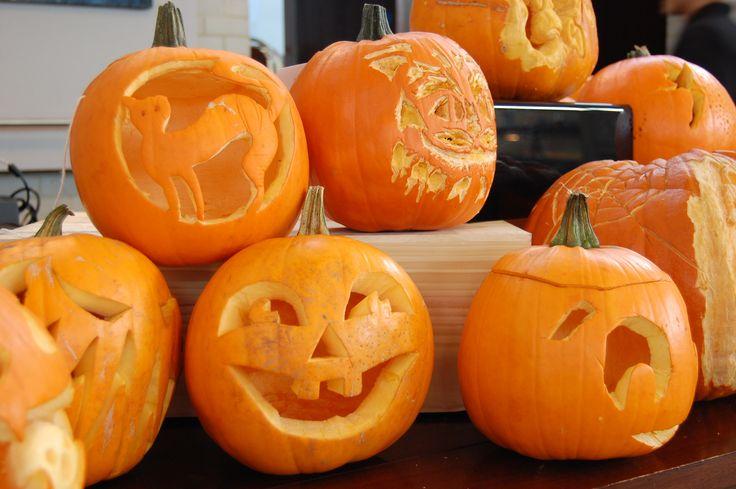 Pumpkin carving Halloween 2014