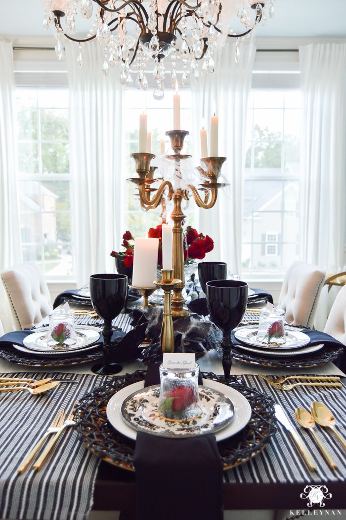 best 25 dinner party table ideas on pinterest dinner party decorations how to fold napkins. Black Bedroom Furniture Sets. Home Design Ideas