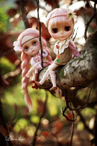 poca & hontas sailing through the forest #Blythe