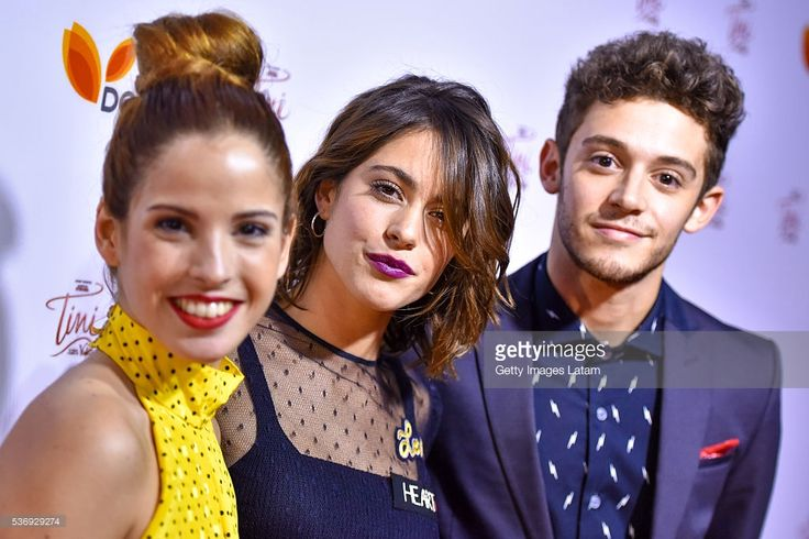 Martina Stoessel (C) poses with other cast members duringTINI: El Gran Cambio de Violetta - The Avant Premiere on May 31, 2016 in Buenos Aires, Argentina.
