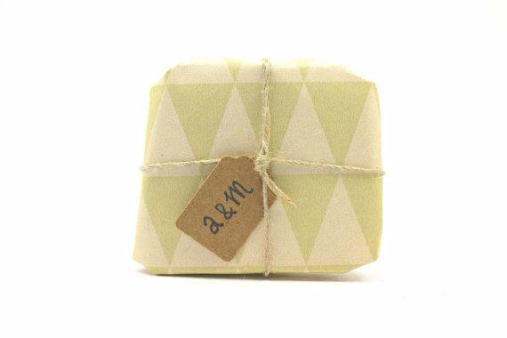 25 Faveurs de mariage de SOAP personnalisé. par amumiinaturals