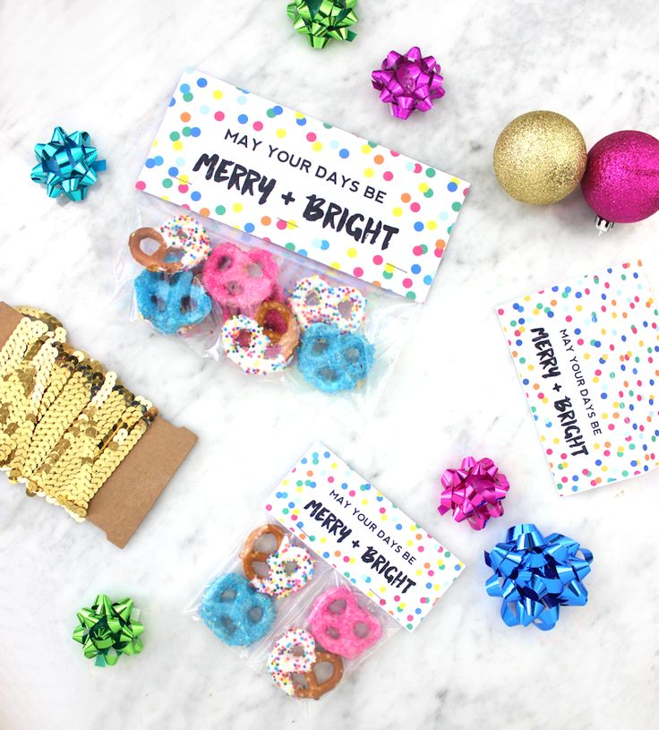 Merry and Bright - Free Printable Christmas Treat Toppers by MichaelsMakers Lines Aross
