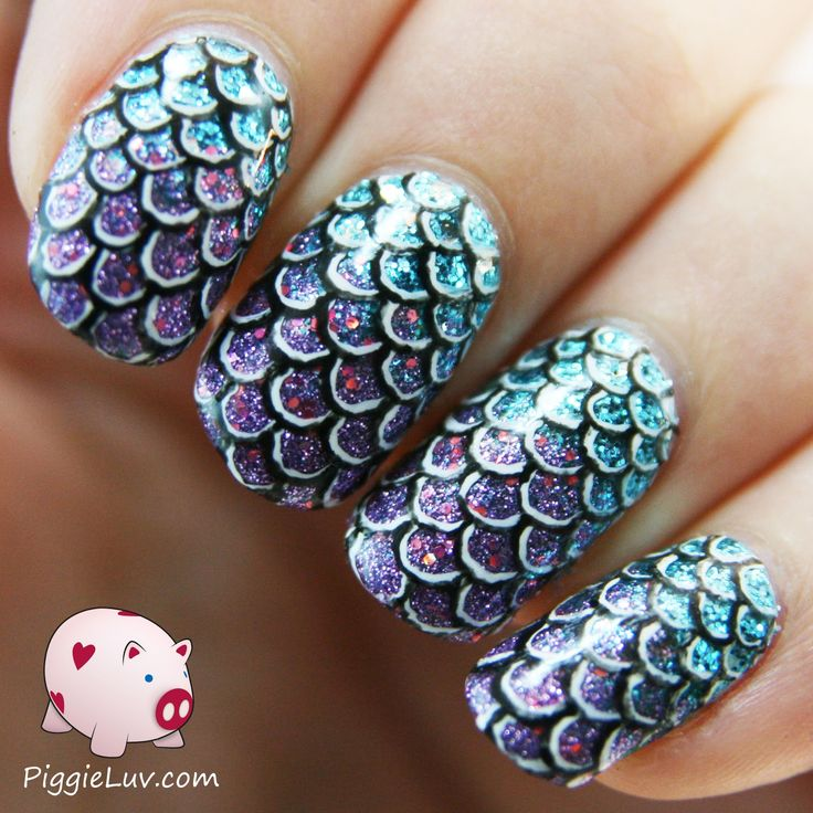 I made these mermaid /slash/ fish scale nails the other day, using my brand new pretty Pure Color no. 10 nail art brush! I think they look very cool and 3D, almost like you could feel the scaly texture if you touched them...