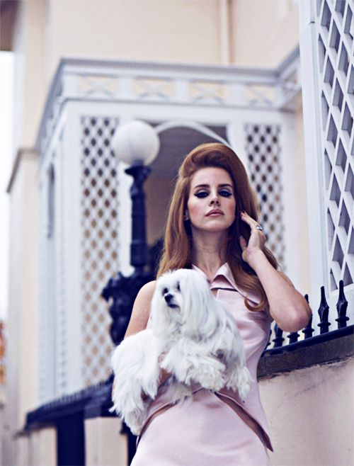 Lana del Rey stop being so gorgeous!