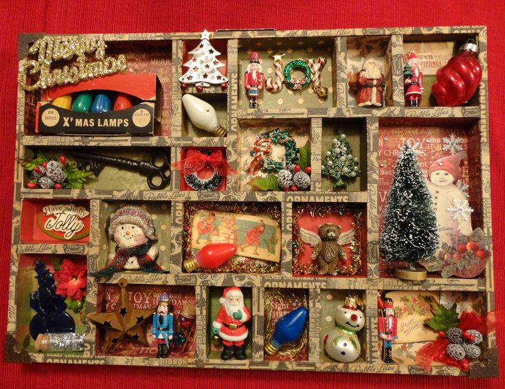 Shirley Hall Designs: Tim Holtz Configuration Tray for Christmas