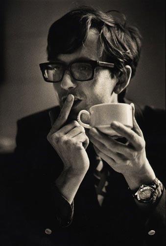 Jarvis Cocker with a cuppa