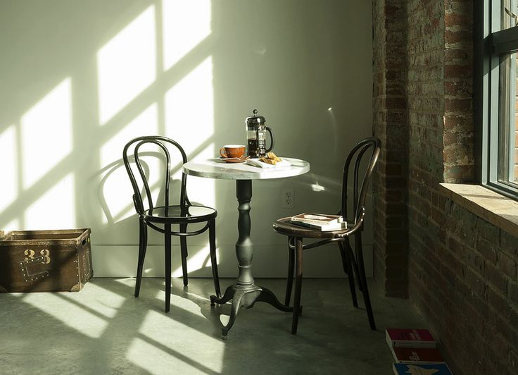 Wythe Table and Chairs