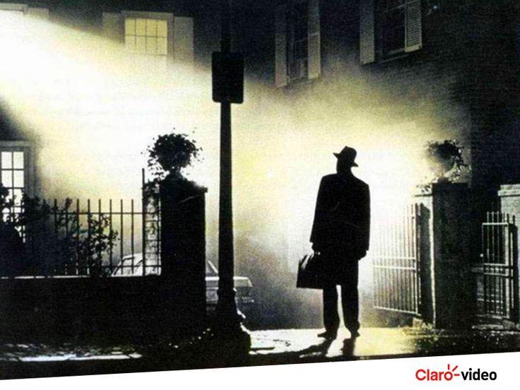 """Ver filme de terror antes de dormir é só para os corajosos! Quem aí topa assistir """"O Exorcista""""? Alugue agora!"""