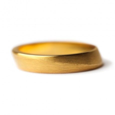Tapered wedding 4mm - Wedding rings - Jewellery - Contemporary Jewellery - made from 18ct fairtrade gold