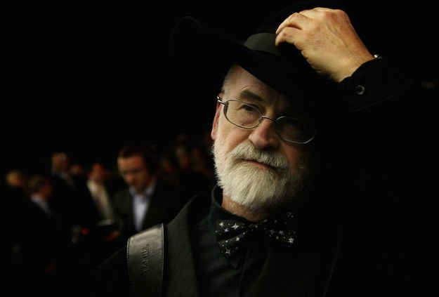 The Way Sir Terry Pratchett's Death Was Announced Was Beautiful And Perfect - Born: April 28, 1948, Beaconsfield, United Kingdom Died: March 12, 2015, Broad Chalke, United KingdomBuzzFeed News