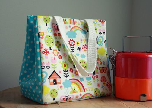 lunch bag tutorialDiy Lunches, Back To Schools, Bags Tutorials, Bags Sewing, Bags Pattern, Lunches Bags, Lunches Boxes, Bag Tutorials, Sewing Tutorials