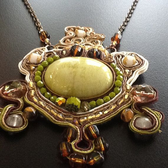 Soutache ethnic necklace with cabochon by BYTWINS on Etsy, €200.00