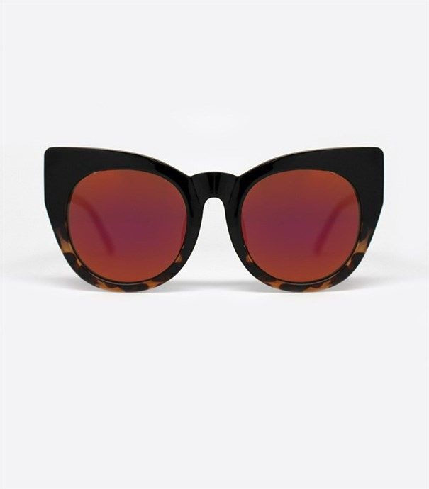 Chacha Sunglasses - Tortoise by Quay