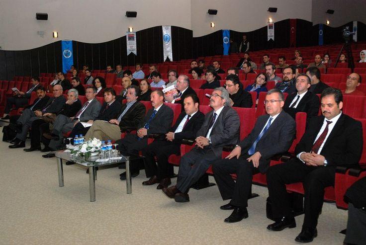 TÜBA GEDİP değerlendirme toplantısı AKÜ'de yapılıyor