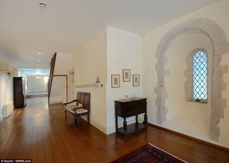 fit for a king medieval mansion once owned by henry viii and elizabeth i goes on the market at 5million - Dark Hardwood Castle 2016