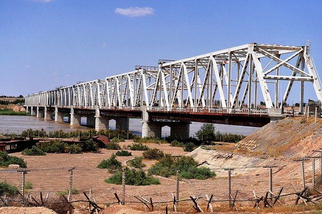Puente de la Amistad (Afganistán-Uzbekistán)