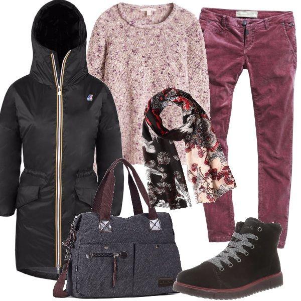 Per girare fra le bancarelle, i pantaloni morbidi, il maglione melange, il giubbotto avvolgente, gli scarponcini allacciati, la capiente borsa e al sciarpa in tinta.